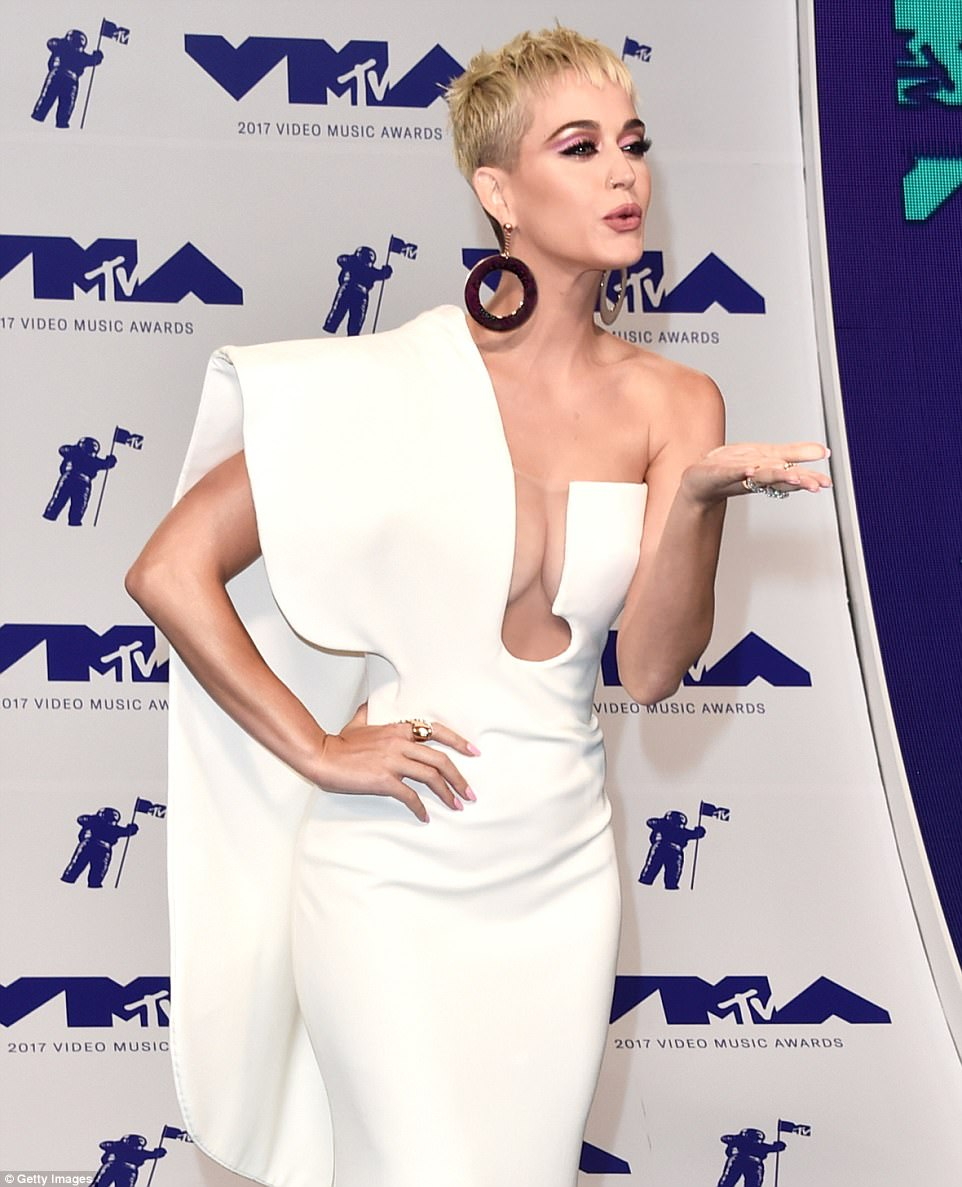 Kiss flying: Katy blew a kiss from the carpert upon arriving at the awards ceremony