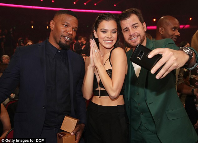Posing away: Jamie posed with Hailee Steinfeld and David Osokow posed for pictures