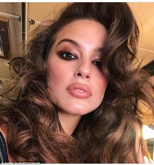 Pucker up: She shared this sultry selfie earlier in the day