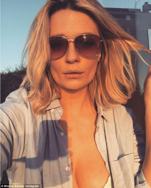 'The jet lag is worth it!' Mischa Barton is enjoying a surprise winter road trip in Australia with her Melbourne model boyfriend James Abercrombie