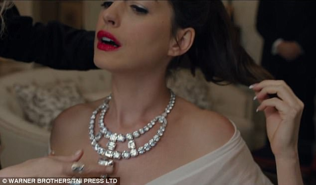 Everyone loves this necklace: The diamonds sparkle on Anne's neck
