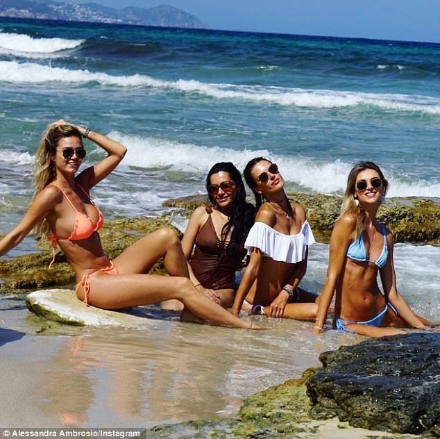 'Summer vibes with my girls': Alessandra posted a snap with Talita, Rachel and also Ludi