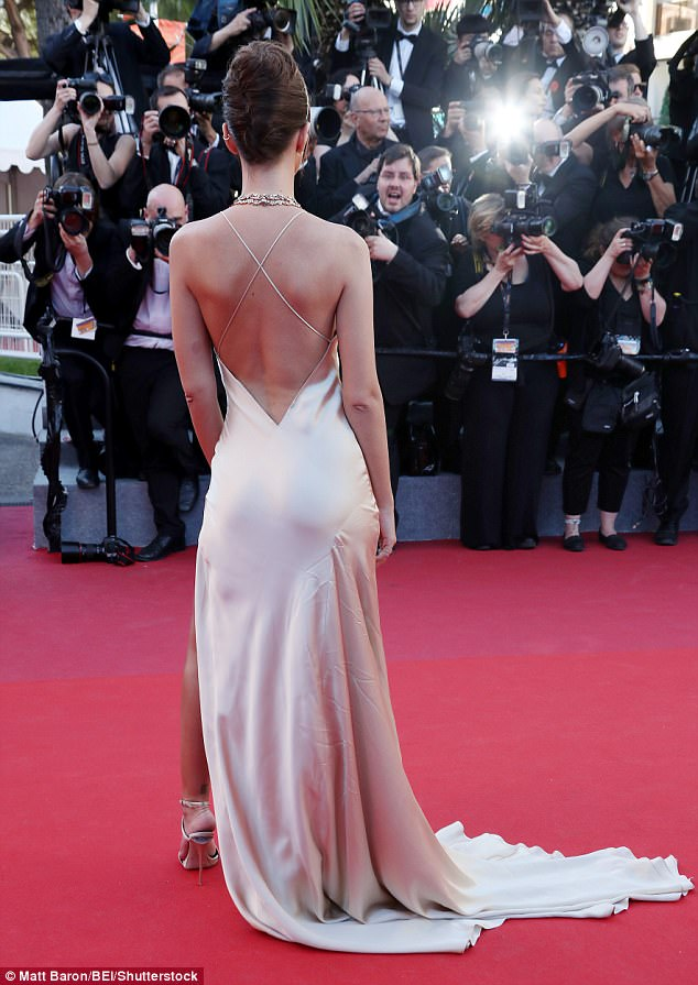 Back to front: The stunning look was exquisite from every angle