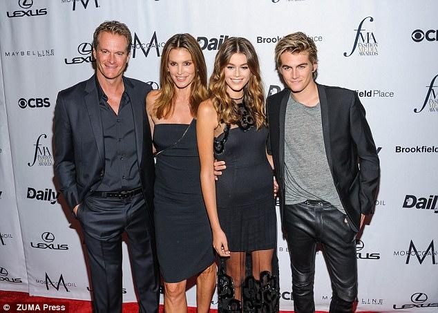 The family: Rande Gerber, Cindy, Kaia, Presley at the Fashion Media Awards in 2016