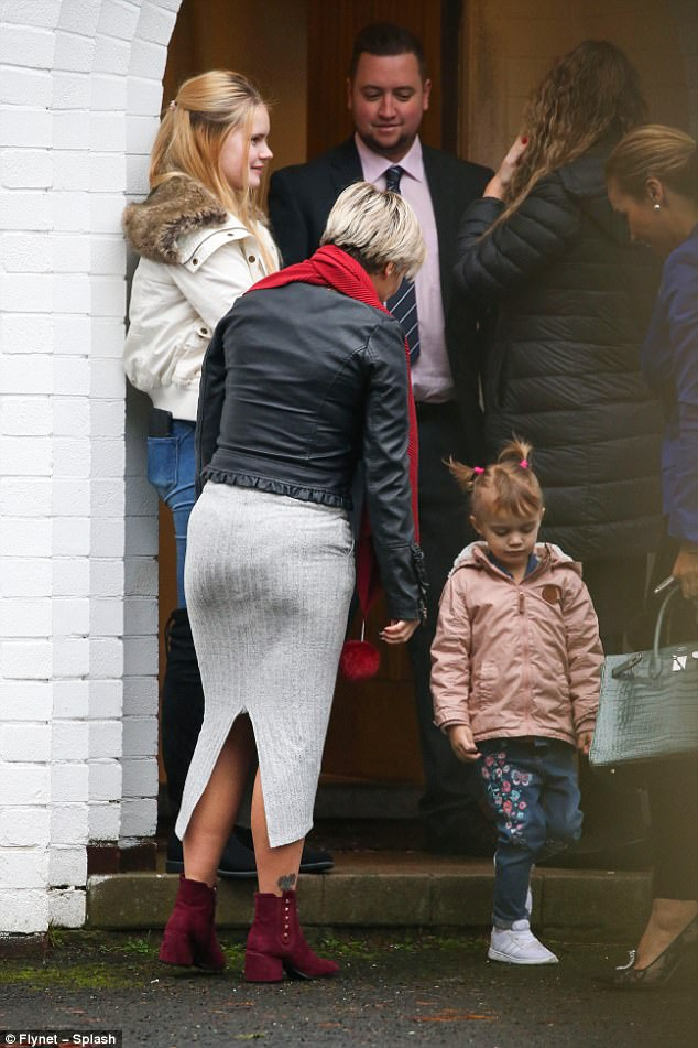 Family outing: Kerry was joined by her two daughters Lily-Sue, 14, and Heidi, 10, for the house viewings