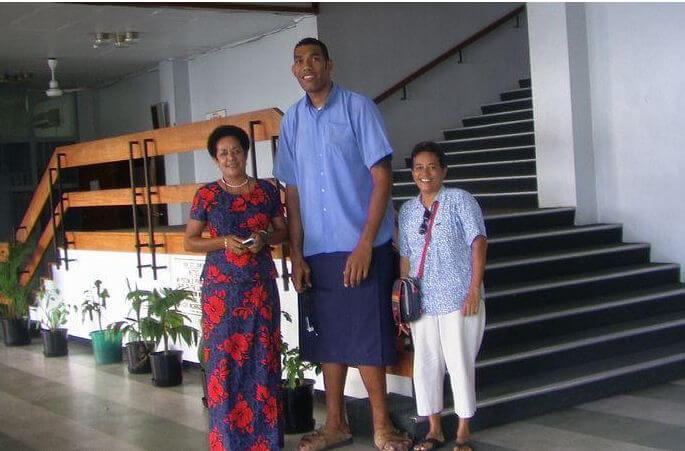 Tall Man-Kaliova Seleiwau