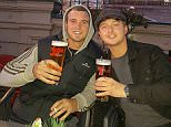 This picture ofRyan Grenfell from Scotland and his namesake from Australia enjoying a drink together in Edinburgh, went viral attracting 29,000 likes on Twitter