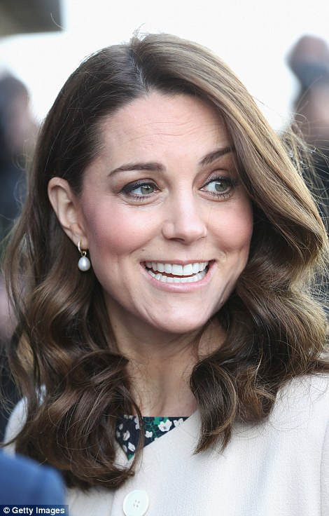 Kate accessorised with her favourite Annoushka Baroque Pearl Drop earrings