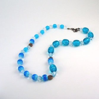 Blue Acrylic Beaded Necklace w Copper Accents