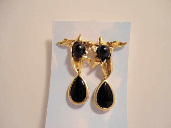 post dangle earrings. gold vermeil earrings. black pearl earrings. black onyx stone earrings. gemstone earrings. gemstone jewelry