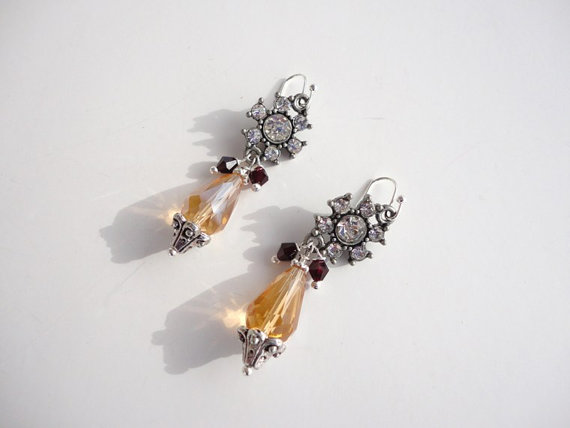 dangle crystal earrings. victorian style earrings. silver earrings. rhinestone earring. handmade earrings