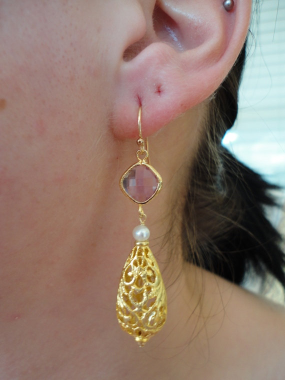 purple amethyst dangle earring. yellow gold earring. victorian style earring . gemstone jewelry. handmade.fine jewelry
