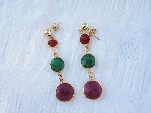 dangle post earring .gold earring. ruby earring. emerald earring. victorian earring. birthstone earring.  gemstone jewelry. fine jewelry
