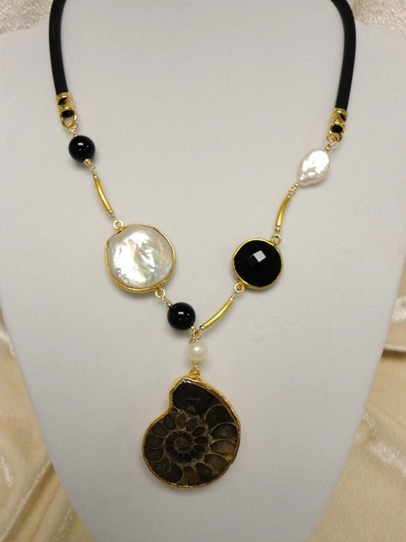 pandant necklace. gold necklace. fossil ammonite necklace.onix stone necklace. pearl necklace. gemstone jewelry