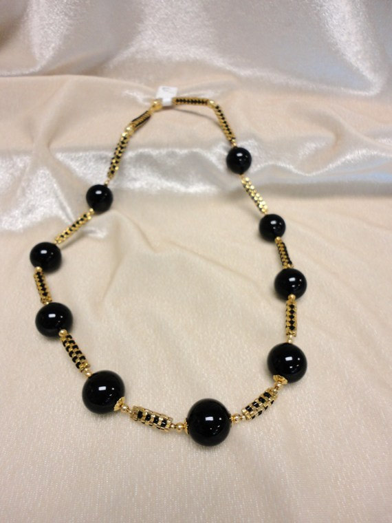 beadwork necklace. gold necklace. black onyx strand necklace. gemstone necklace.handmade. gemstone jewelry .fine jewelry