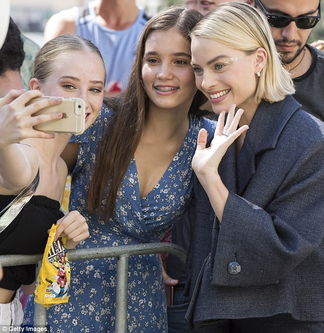 But first, let me take a selfie! Margot happily posed for photos with her young female fans