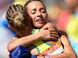 Gold medal favourite Claire Tallent showedtrue sportsmanship on Sunday after being disqualified from the 20km women's walk with just 2km to go