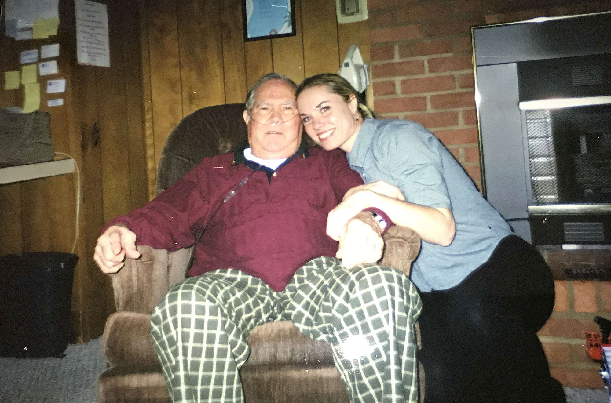 Barnes with her uncle, Bruce Richardson, who was diagnosed with IPF in 2000 and died in 2001. This was taken weeks before his death.