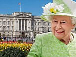 Buckingham_Palace_from_gardens,_London,_UK_-_Diliff_(cropped).jpg