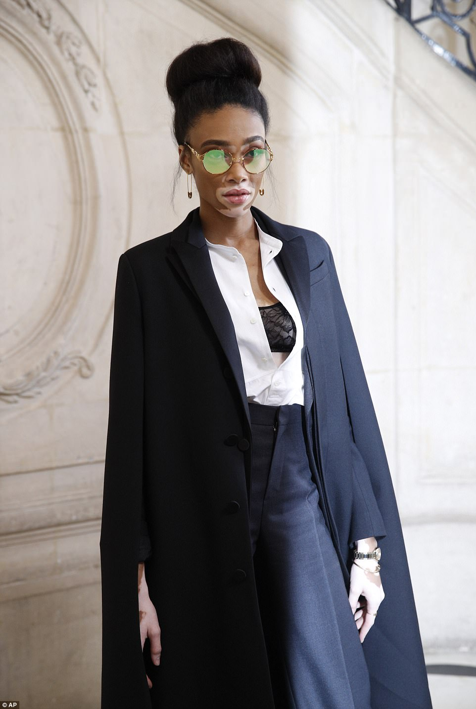 Sensational: Winnie - who was discovered on America's Next Top Model - rivalled Naomi on the style front, as she oozed androgynous chic in her look