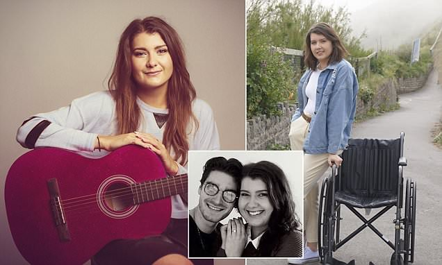 Singer, 24, collapsed and fell off a stage because her brain is overflowing out of her