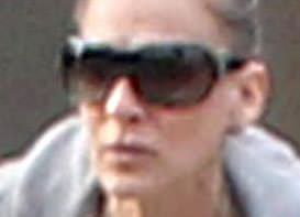 SJP swaps high fashion for clogs on outing with kids
