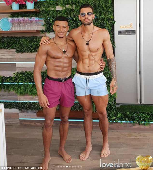 Toned: Wes and Adam posed for a snap as they showed off their impressive physiques in swimwear