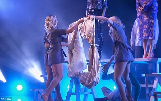 Magic moment: Tyra and Heidi pulled down a curtain together