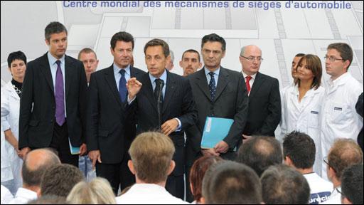 Sarkozy addressing workers