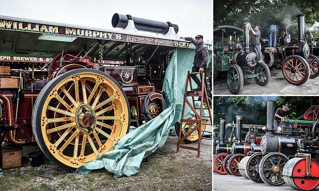 Steam engines showcasing Britain's industrial past are shown off to 200,000 visitors
