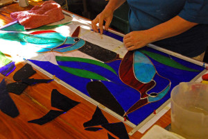 gill-making-stained-glass-w