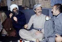 Ghassemlou avec cheikh Ezzedine