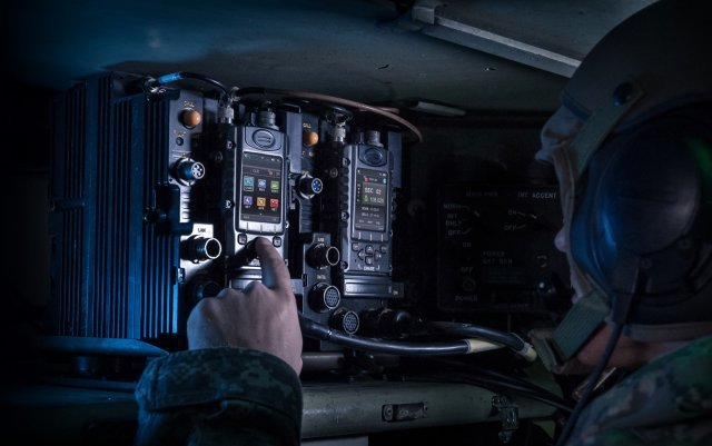 Elbit Systems awarded contracts for Radio and Communication Systems to a European Country 640 001