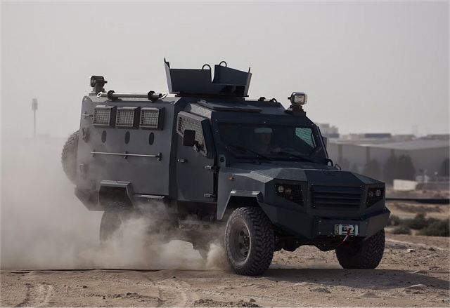 Panthera T6 4x4 light armoured vehicle personnel carrier UAE defense industry 640 001