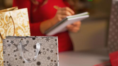5 Money Saving Tips For Your Holiday Shopping