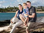 Anna Bowditch (left), 34, broke her leg on while on holiday in Hawaii with her husband and young daughter on July 30, 2014, having slipped over by a swimming pool