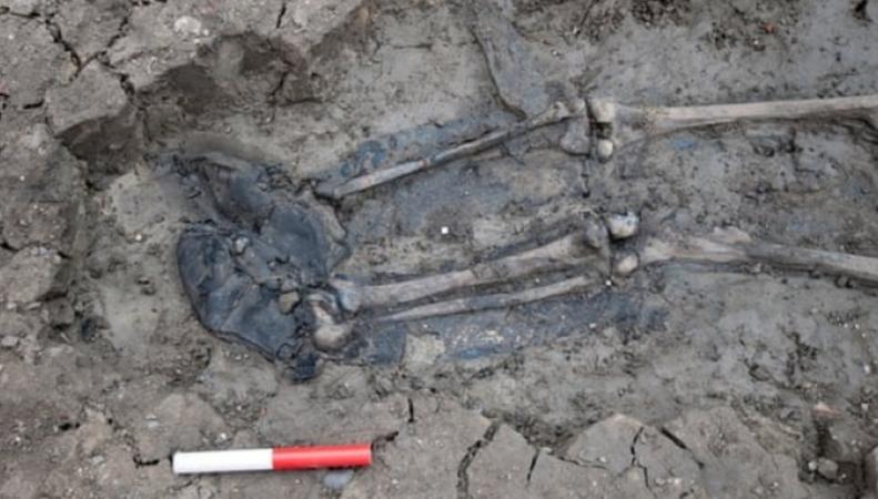 В Темзе нашли пятисотлетний скелет в ботинках