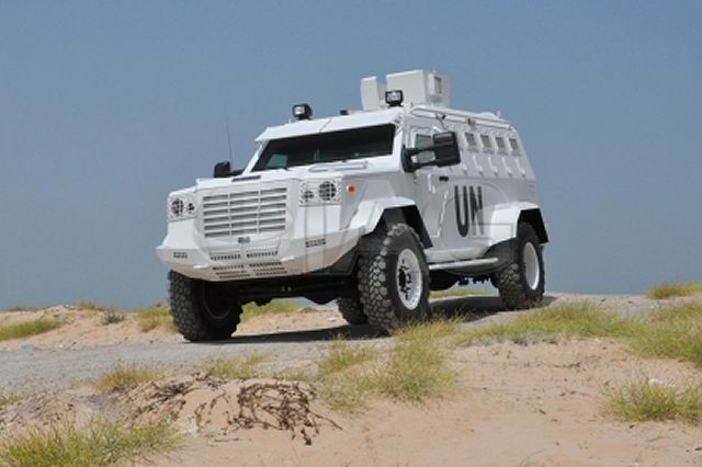 IAG International Armored Group introduces its new Guardian XL 4x4 armoured personnel carrier 640 001
