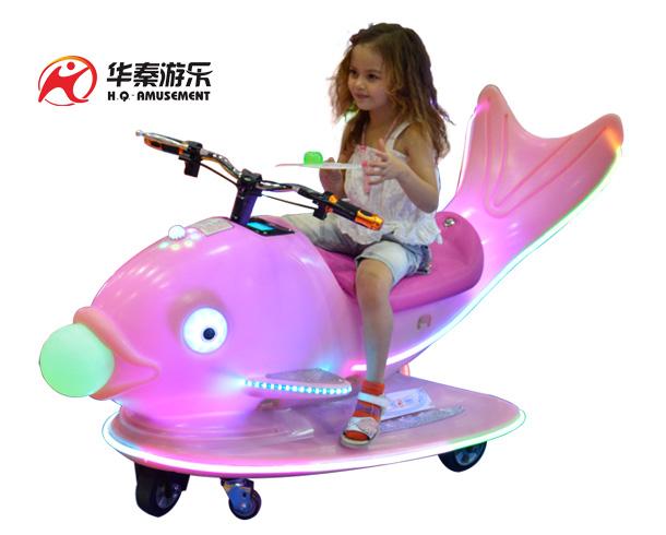 鲤鱼飞车游乐设备