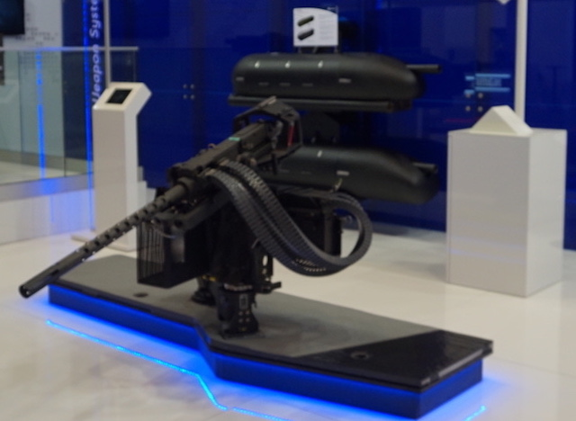 Eurosatory 2016 FN Herstal presents lightweight weapons mounting 2
