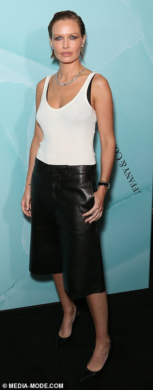 All in the details!Lara wore the culottes with a white singlet top that exposed a black bra. The former bikini model teamed the looked with pointed black heels and jewellery including a silver necklace