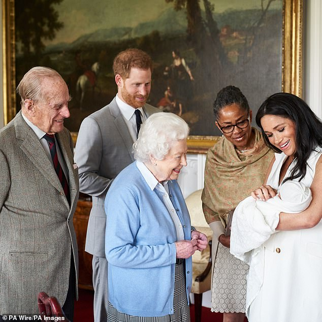 Raglanbd was included in one of the precious first photos of baby Archie released by the Buckingham Palace last week