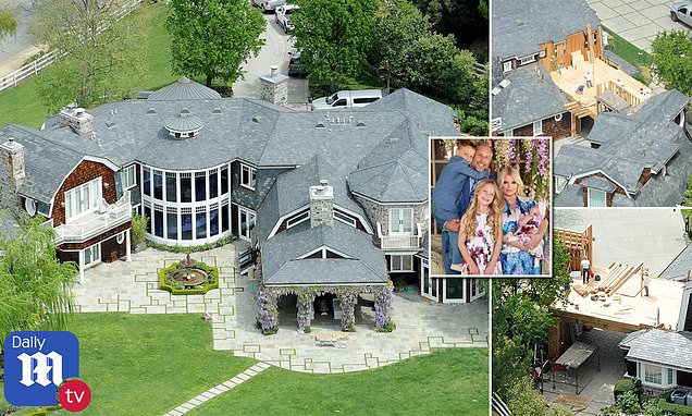 New aerial photos show Jessica Simpson and Eric Johnson expanding their Hidden Hills