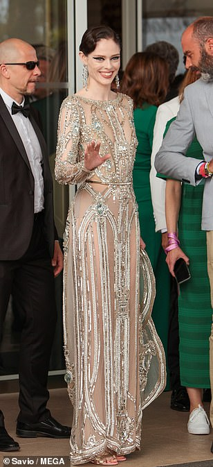 Sensational: Coco oozed 1920s chic with her stunning gown which she styled with swept back hair and drop earrings
