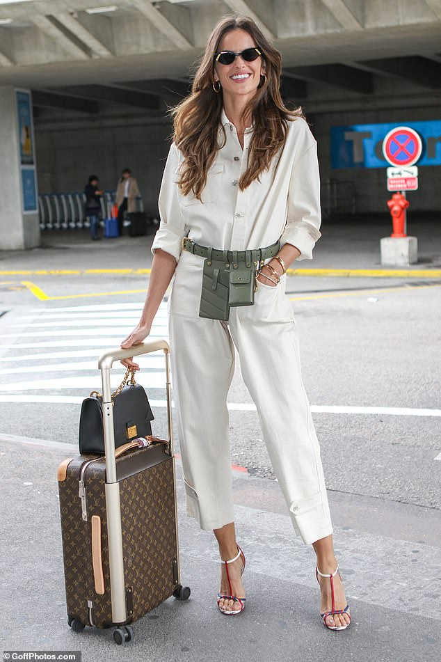 Working it!Izabel Goulart proved she's just as stunning when opting for low-key appearances as she jetted out of Nice Airport on Tuesday evening