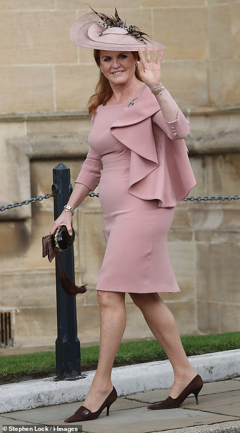 Fergie arrives at the wedding