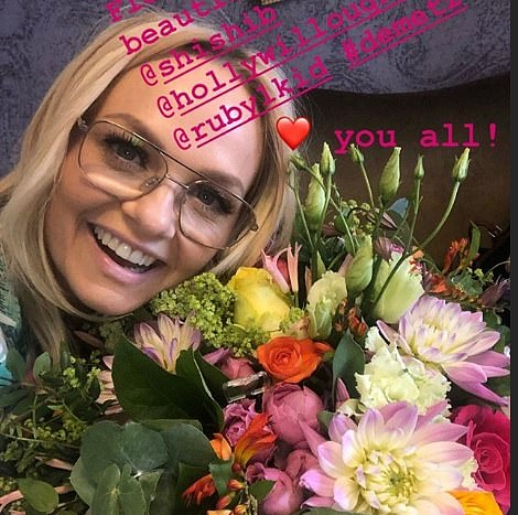 Surprise!Emma also shared a snap of some flowers she had been gifted ahead of the performance