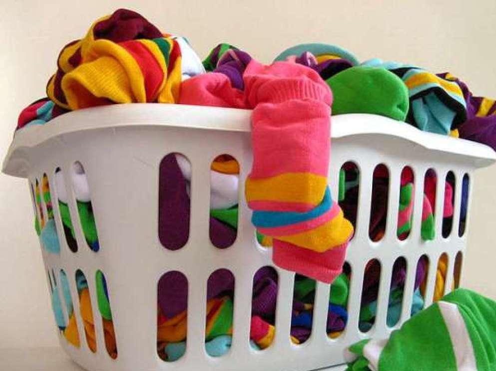 Как убрать, отстирать, вывести, удалить воск с одежды, следы в домашних условиях?
