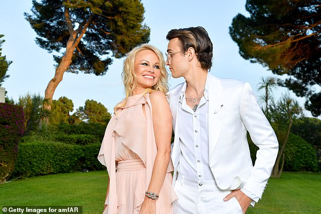 Sweet:She previously admitted she missed her two sons terribly since moving to France and the star looked overjoyed to be reunited with Brandon