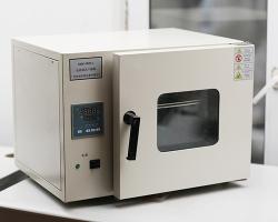 实验电热鼓风干燥箱